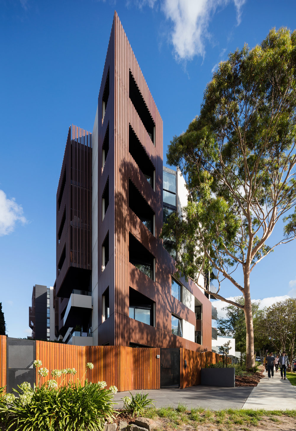 Evergreen Apartments, Ivanhoe