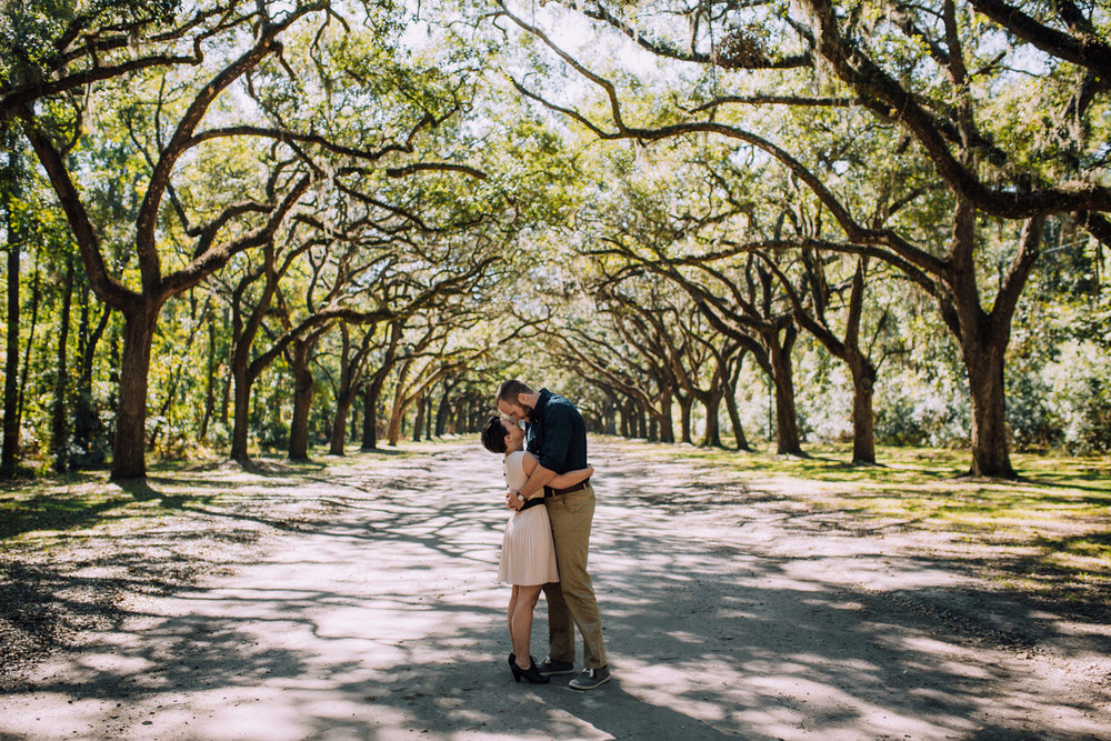 Atlanta Wedding Photographers Destination Photographers Elopement Photography Engagement Photographer Savannah Wormsloe Historic Site Photos _1007.jpg