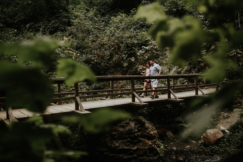 destination wedding photographers atlanta engagment photographer elopement photography oregon Latourell Bridal Veil Multnomah falls 0038.jpg