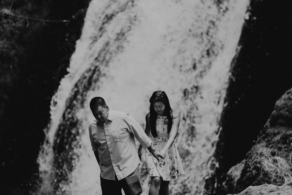 destination wedding photographers atlanta engagment photographer elopement photography oregon Latourell Bridal Veil Multnomah falls 0071.jpg