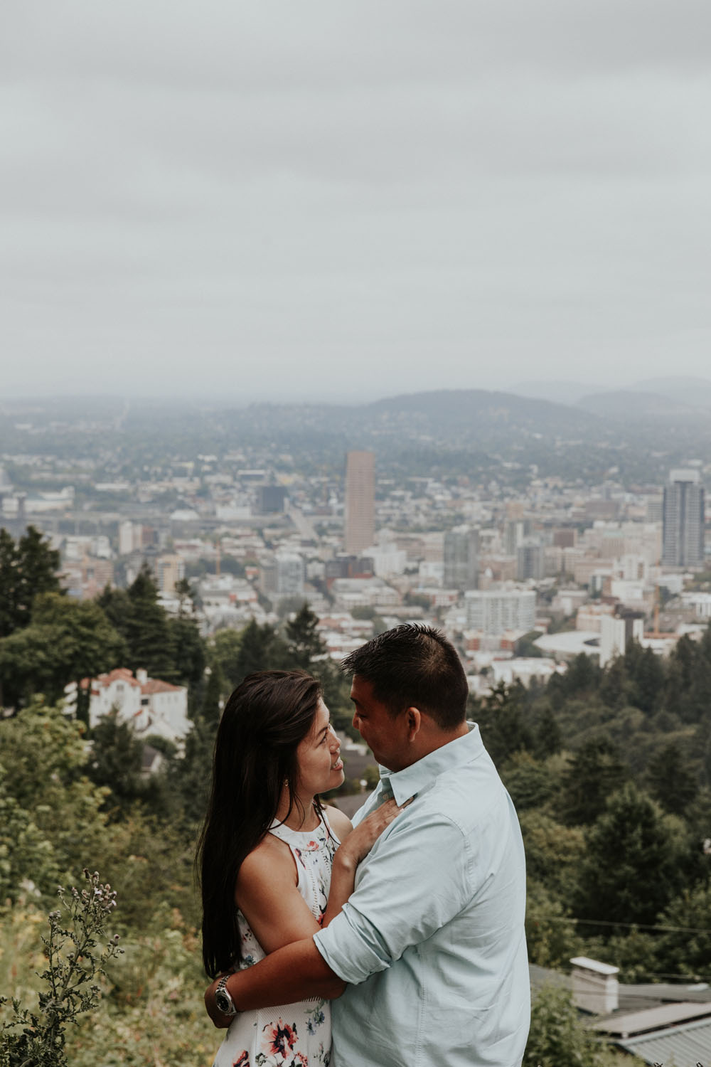 destination wedding photographers atlanta engagment photographer elopement photography oregon Latourell Bridal Veil Multnomah falls 0086.jpg