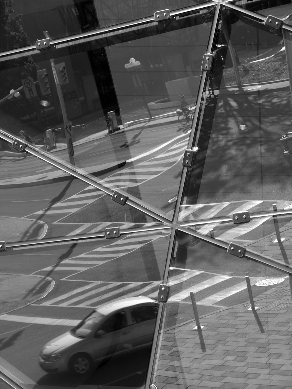 2012-Ottawa-cubist-crossing.jpg