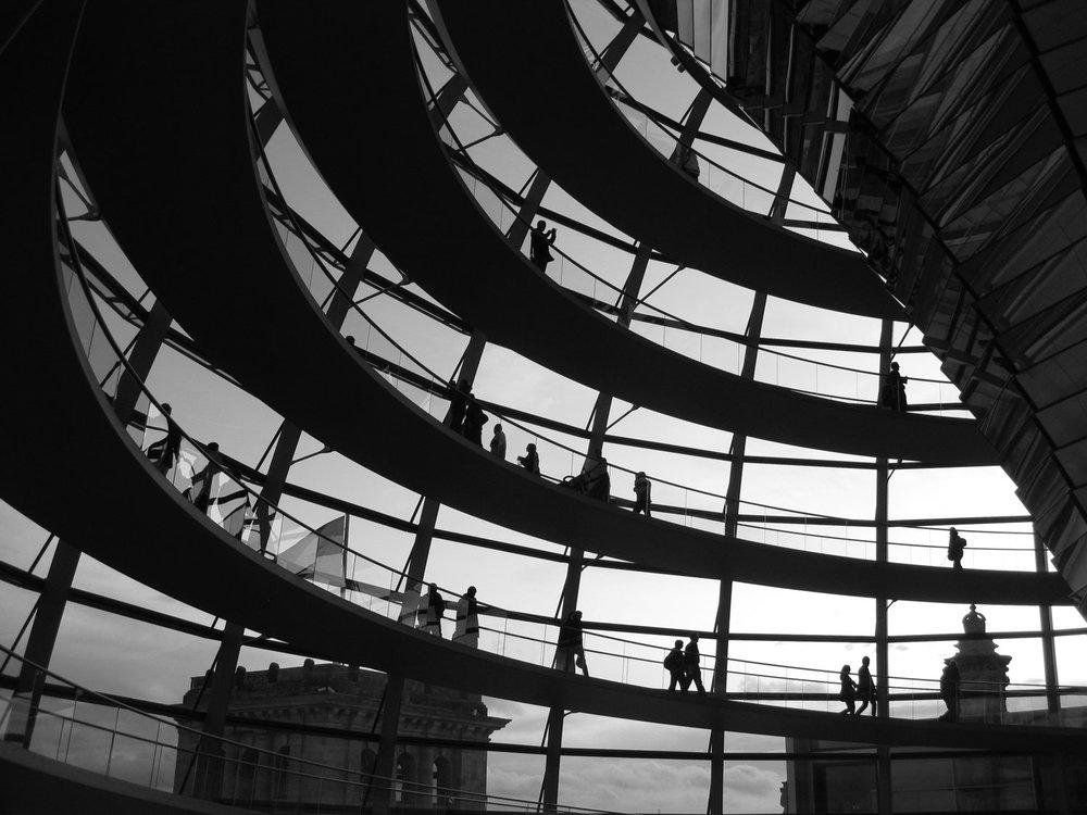 2009 Reichstag-Rising.jpg