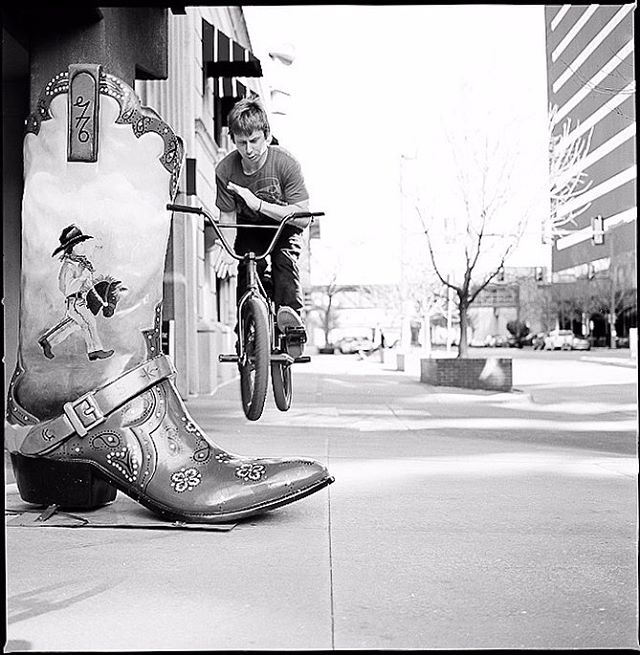 👢 @james__a_ wrist finesse 📸 @matthildebeast #film #okc #hasselblad #bmx