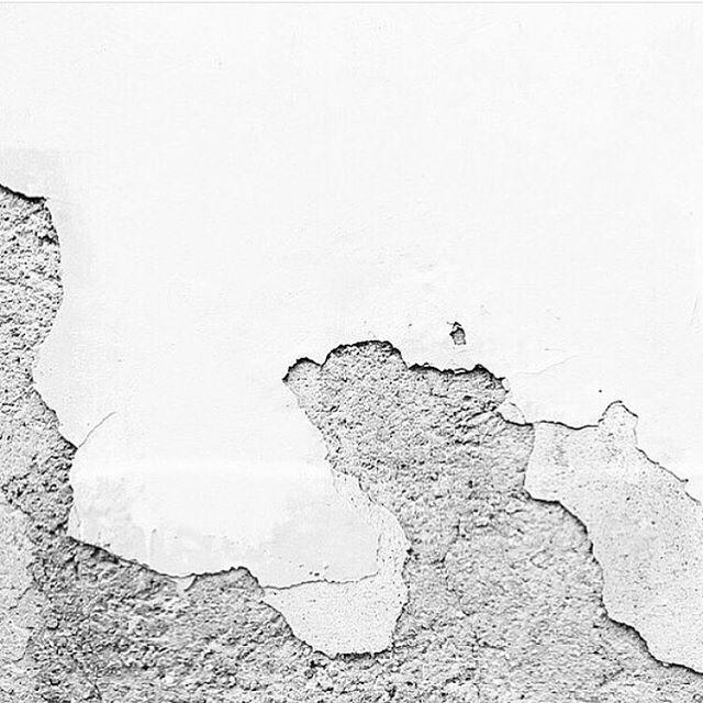 Without imperfection, there can't be perfection 💎 Sunday inspo from @anotherarchive ✨ ⠀⠀⠀⠀⠀⠀⠀⠀⠀ ⠀⠀⠀⠀⠀⠀⠀⠀⠀ ⠀⠀⠀⠀⠀⠀⠀⠀⠀ #inspo #architectureinspo #imperfectbeauty #handmadejewelry #designerjewelry  #recycledgold #fairtrade #finejewelry  #modern #sustainablefashion #sustainableluxury #slowfashion #alternativebridal #enjistudiojewelry #ethicalwithanedge