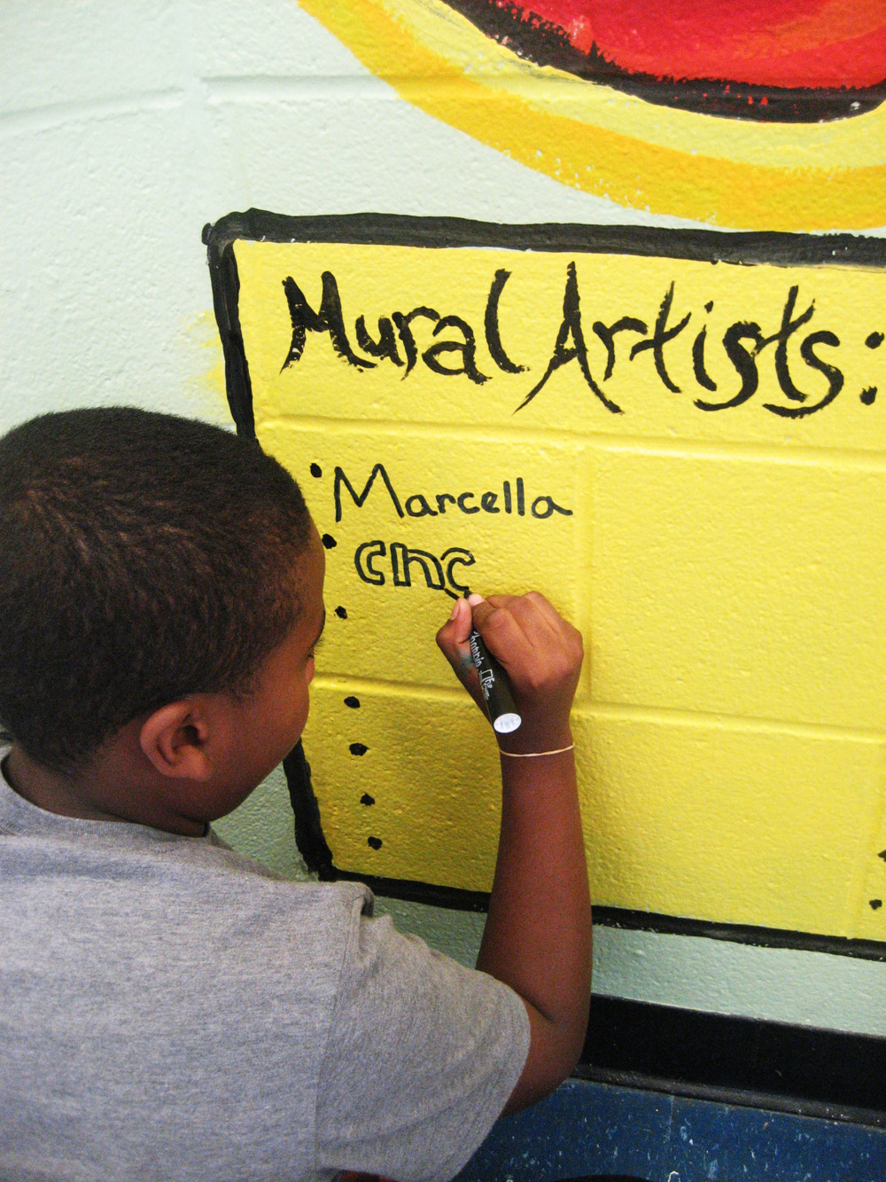 perkerson_elementary_students_work_with_tcp_resident_0404.jpg
