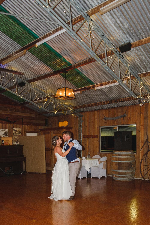 Michelle & Ben's wedding (low res)-516.jpg
