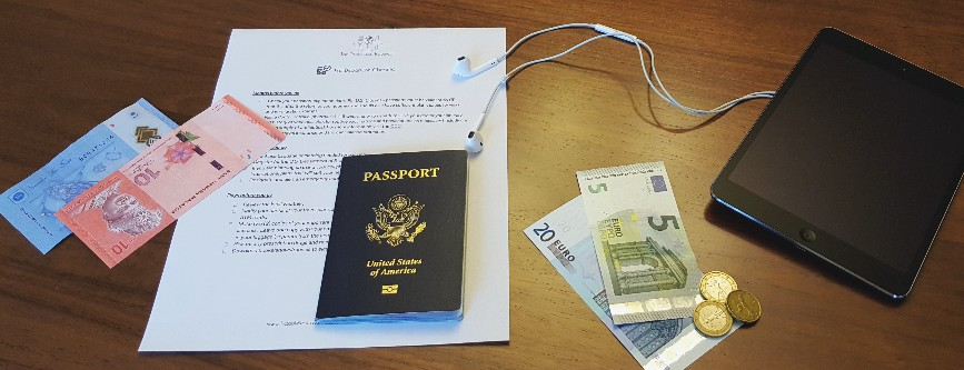 Prepare for your international trip with a checklist!