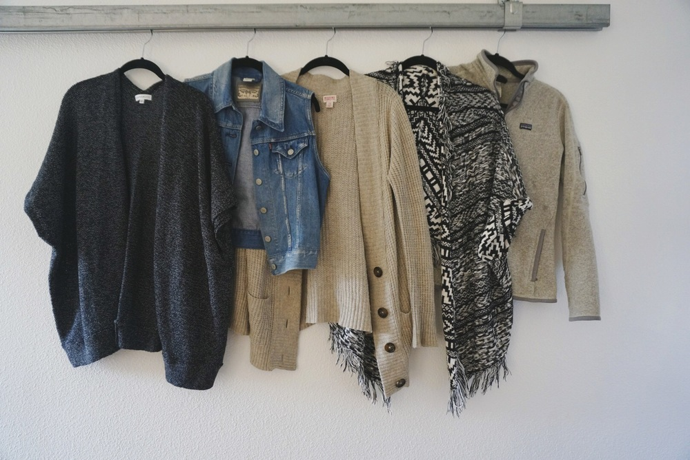 cape / vest / cardigan (similar) / sweater kimono (similar) / fleece