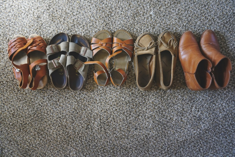 clogs / birkenstocks / sandals / moccasins / booties