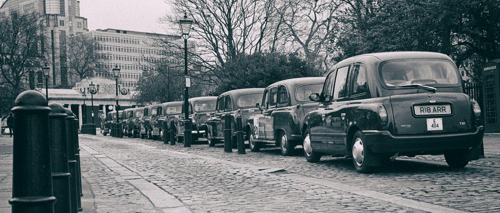 london-cabbies.jpg