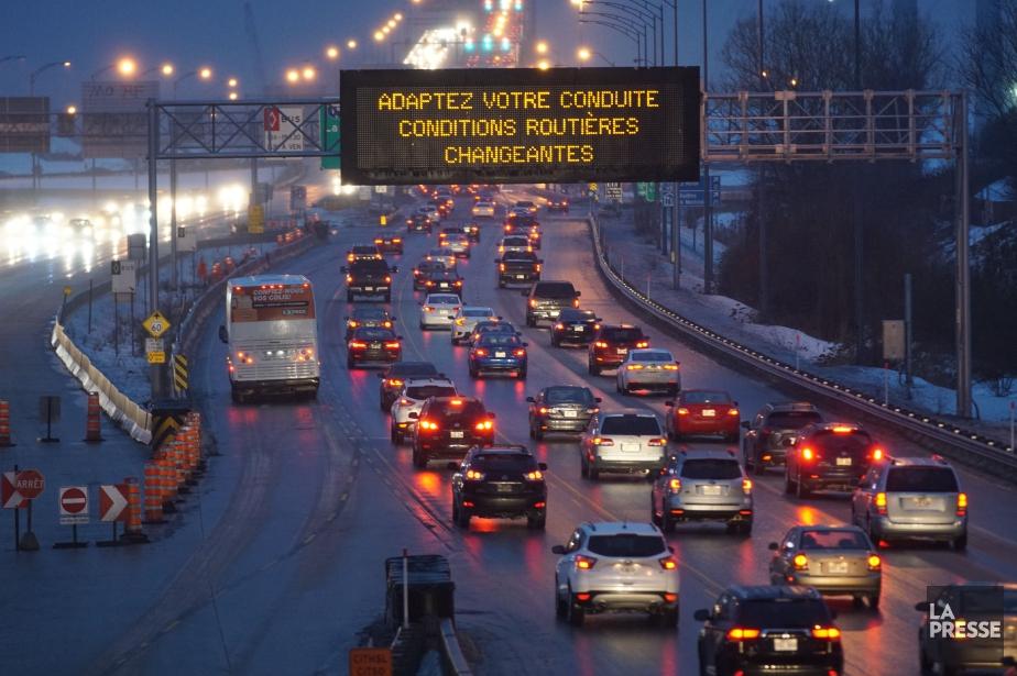 Pas encore pris dans le trafic ???  Je m'adapte = Je prends les 10 heures des formations -sur mon cellulaire.