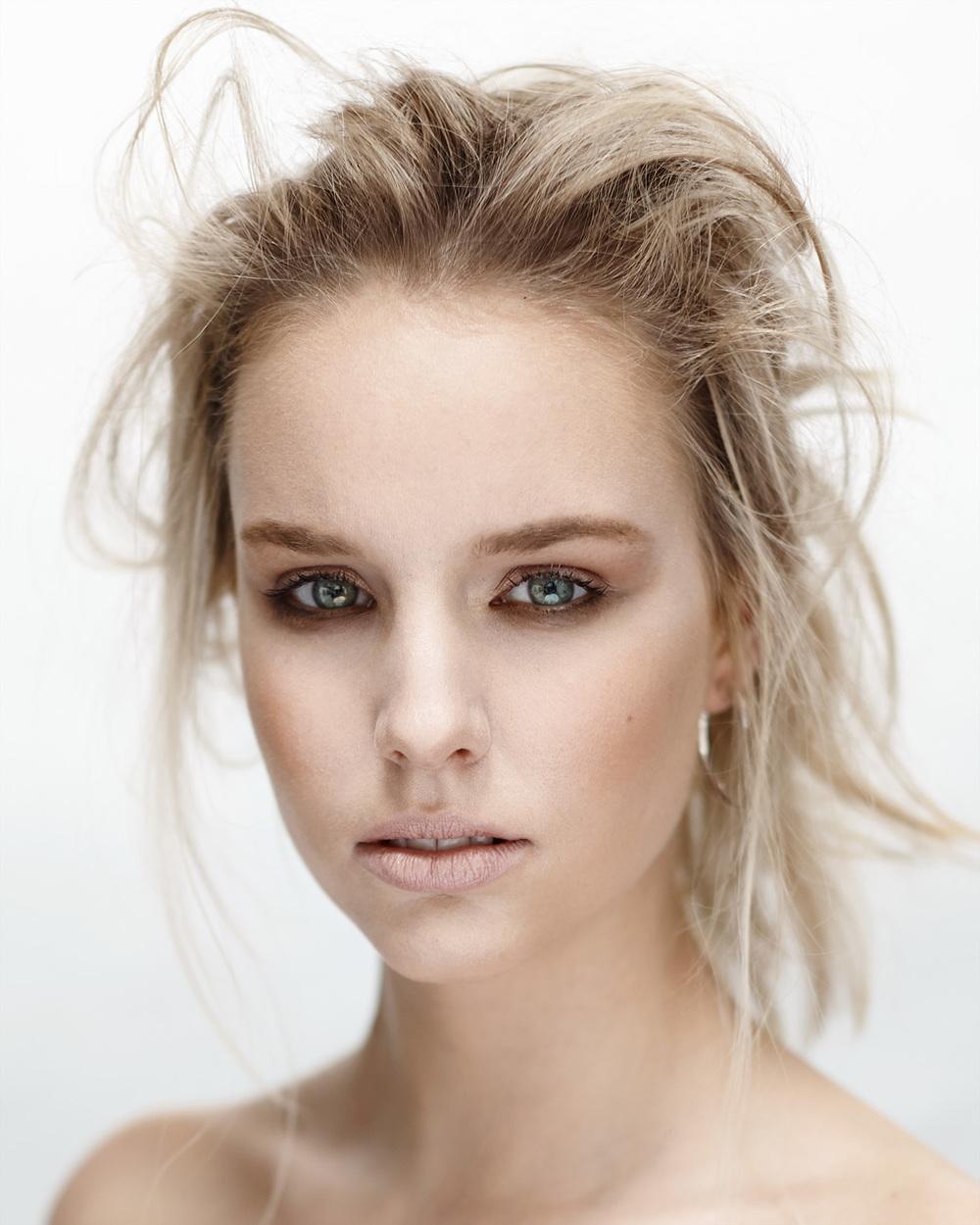 LAURA BAILEY BEAUTY PHOTOGRAPHY PAUL ARCHER.jpg - LAURA%2BBAILEY%2BBEAUTY%2BPHOTOGRAPHY%2BPAUL%2BARCHER