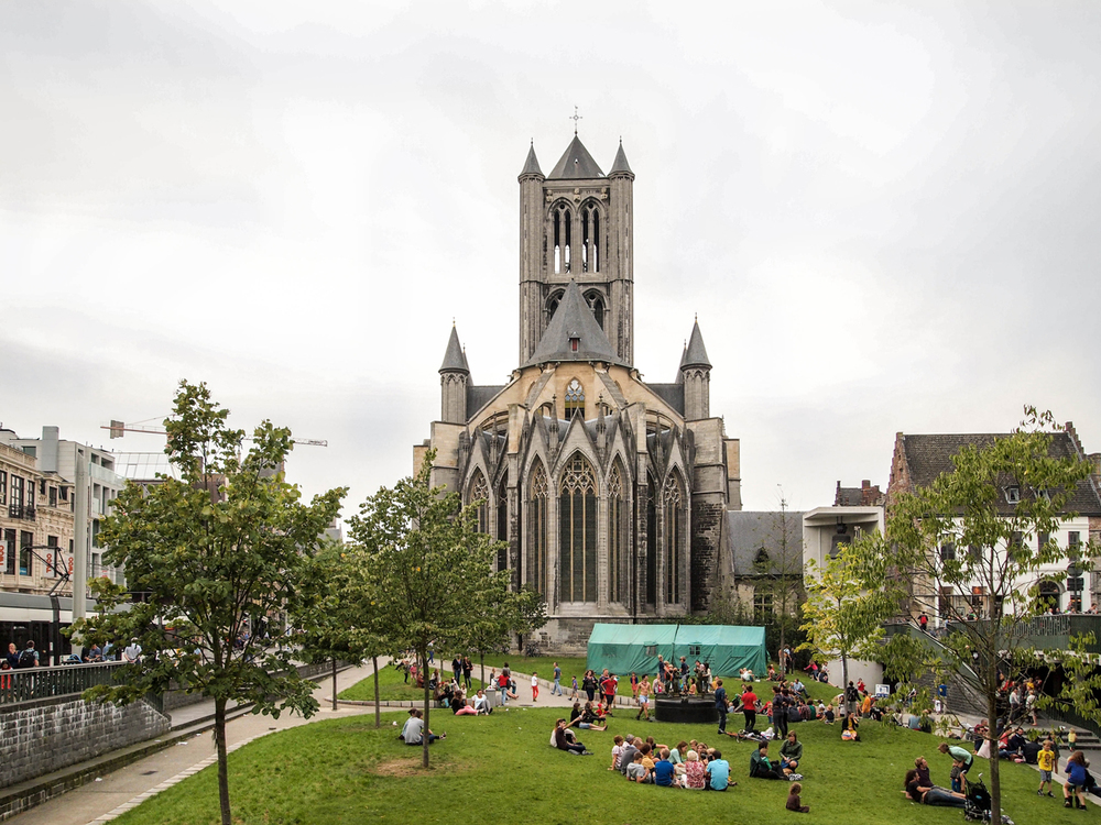 Laid back atmosphere in front of the St Nicholas Church in Ghent