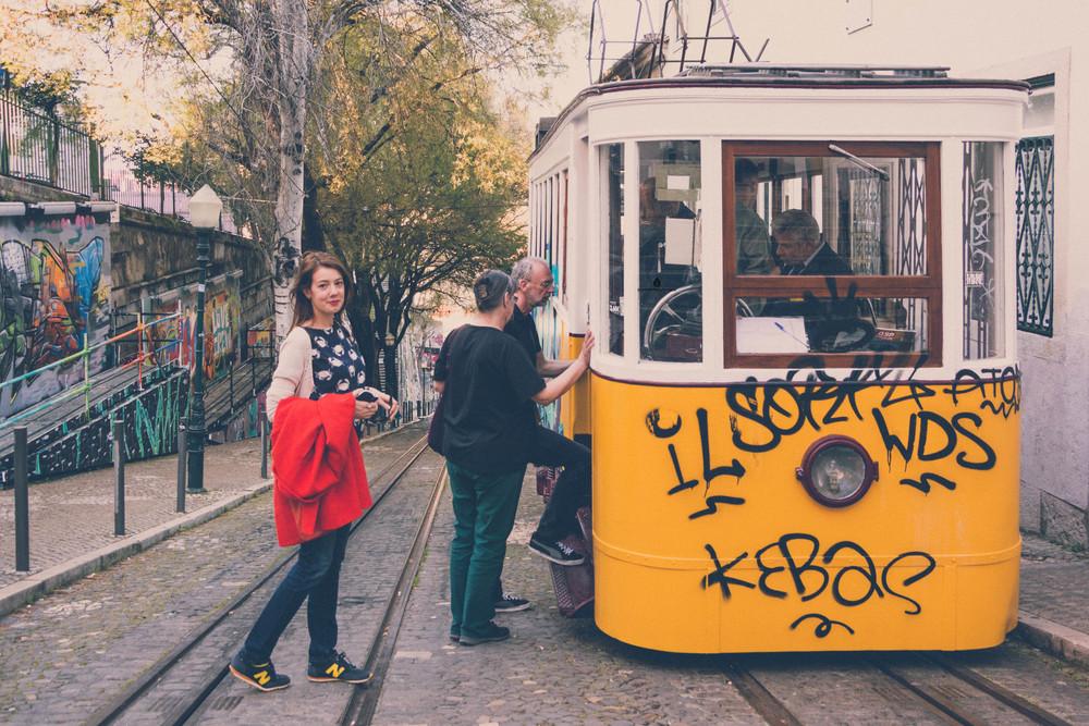 Yellow-tram-Lisbon