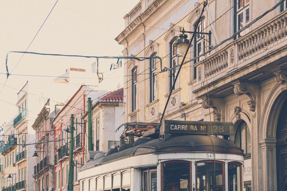 Bairro-Alto-vintage-tram
