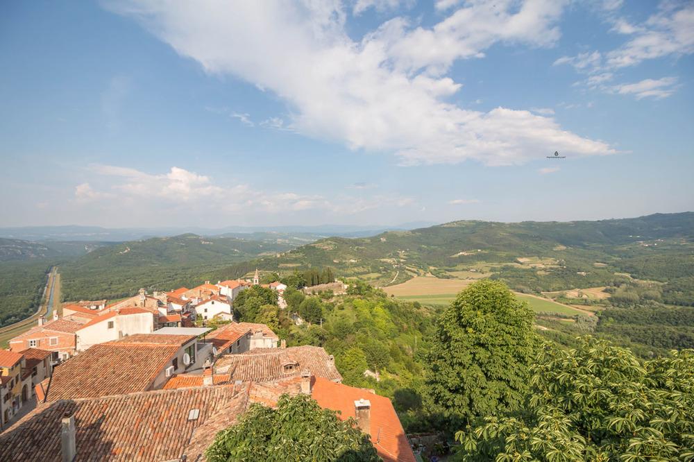Motovun-rooftops