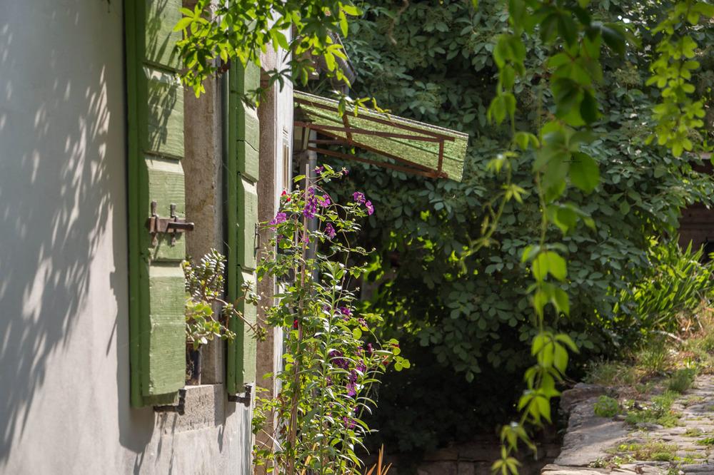Motovun-street-detail