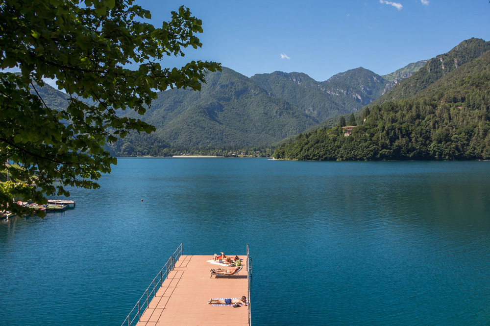 Lago-di-Ledro-dock