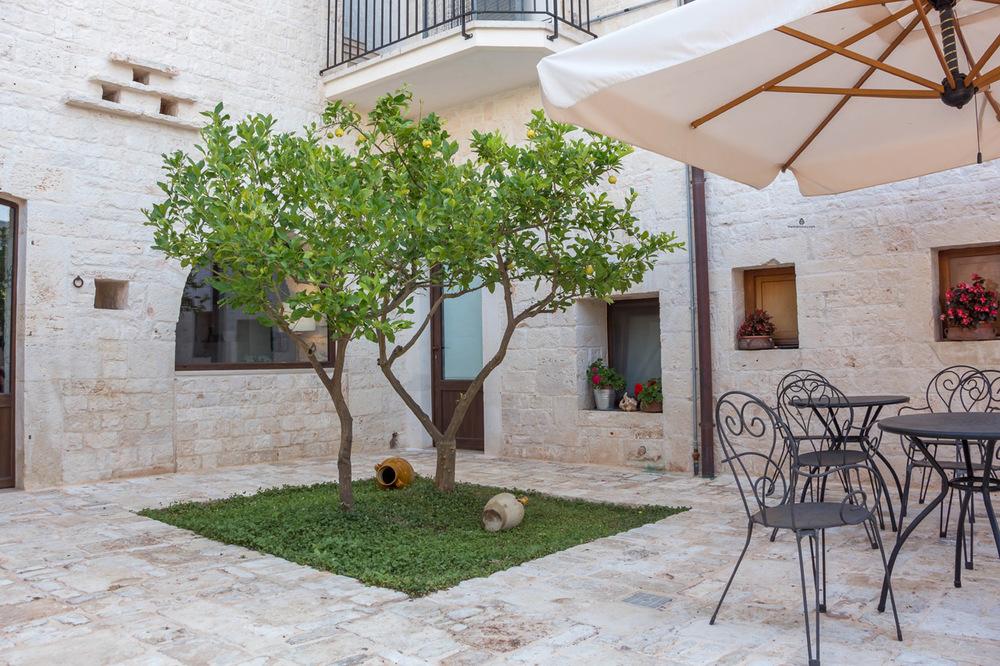 Piccola-Corte-Alberobello