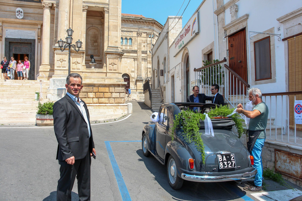 Alberobello-street-scene