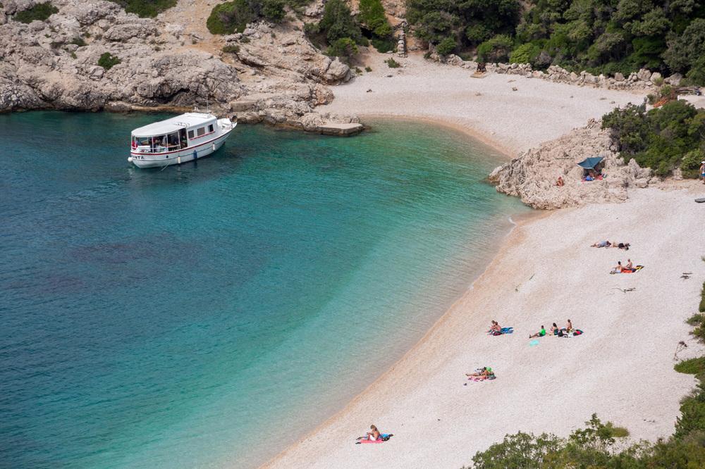 Cres-Lubenice-beach