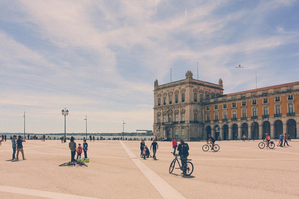 Lisbon-Praca-do-Comercio
