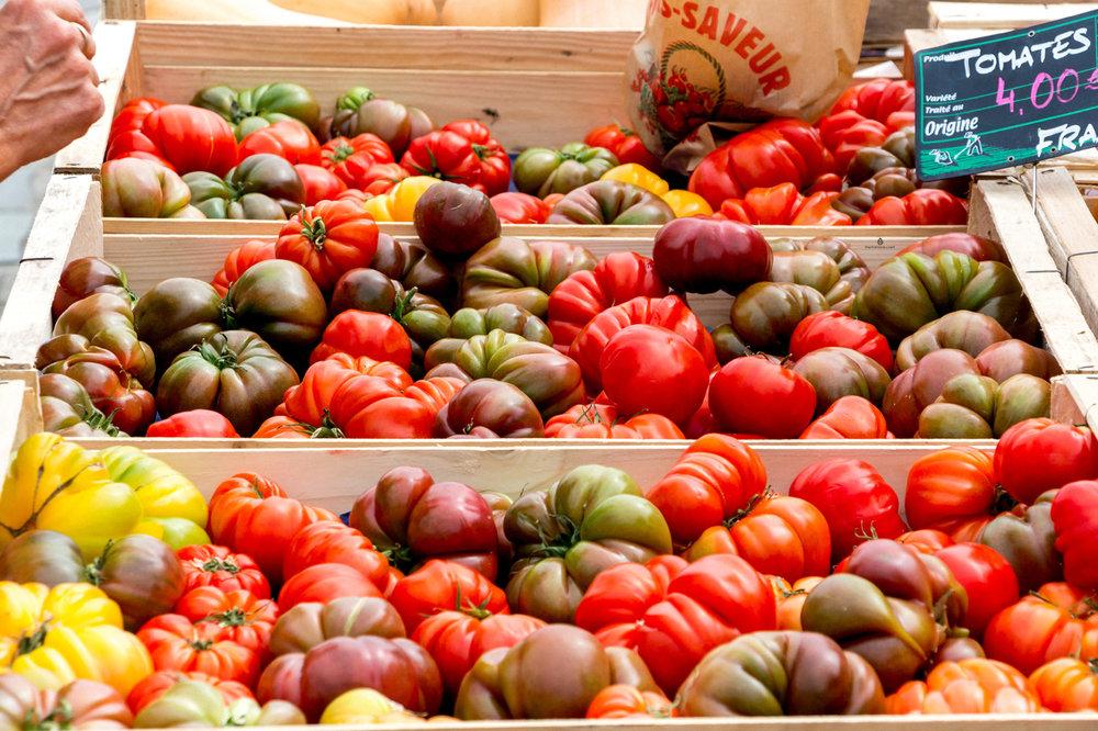 Tomatoes on a farmers market in Bordeaux
