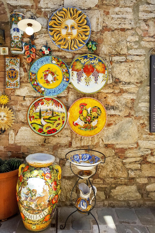 Tuscan ceramics, Bagno Vignoni