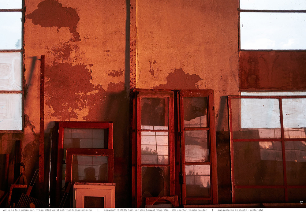 loods-rood-fotografie-heinvandenheuvel.jpg