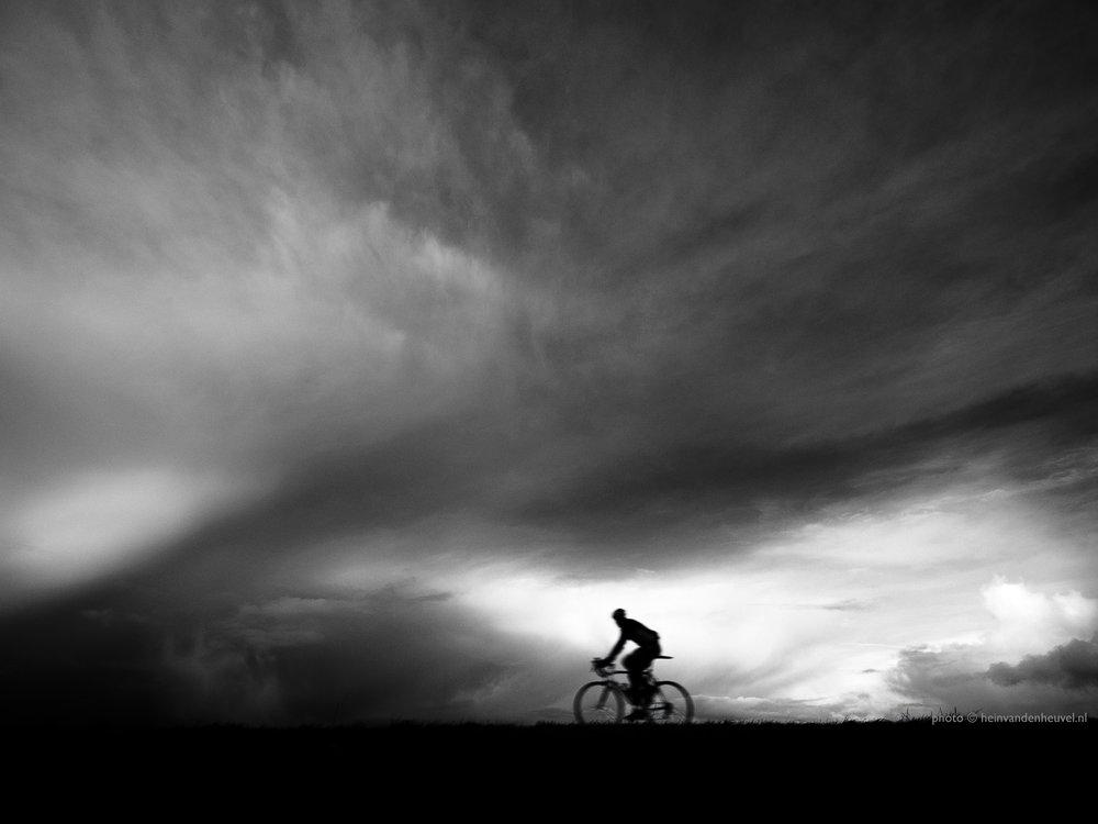 hvdh_fietser luchten nederland.jpg