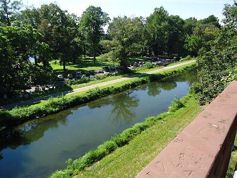 Canal photo for walk.jpg