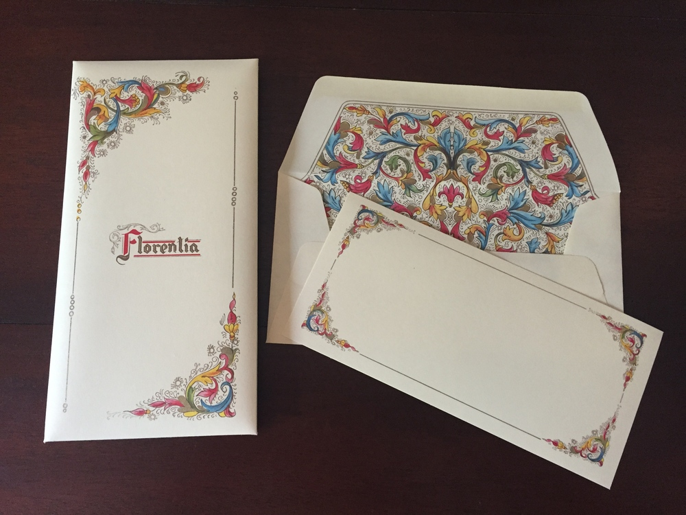 Here's my favorite Italian stationary, Florentia. You can find it  here .
