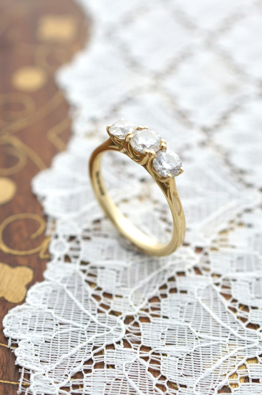 18ct Yellow Gold Diamond Trilogy Ring.JPG