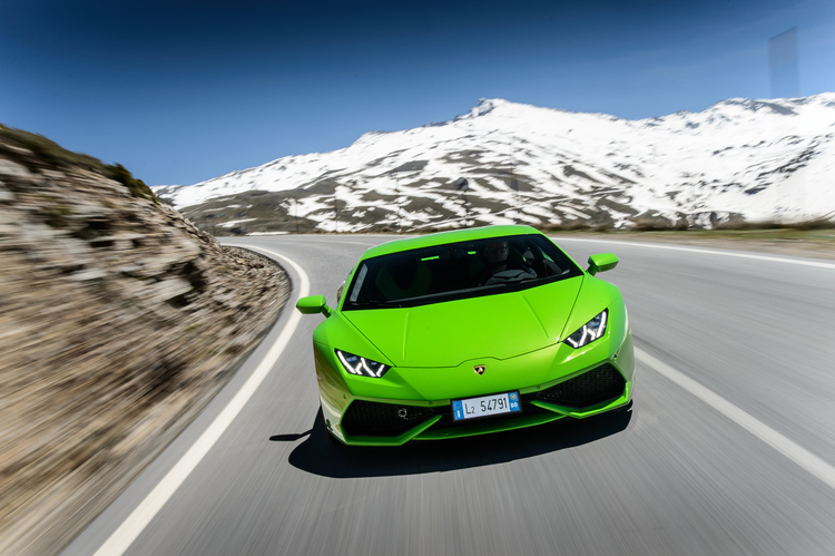 lamborgini-hurican-top-gear-car-photographer-drive-snow-artists-legends.JPG
