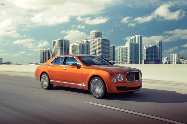 bentley-mulsanne-city-scape-james-lipman-artists-legends.JPG