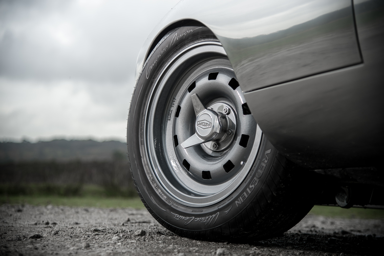car-photographer-james-lipman-lo-drag-GT-wheel.jpg