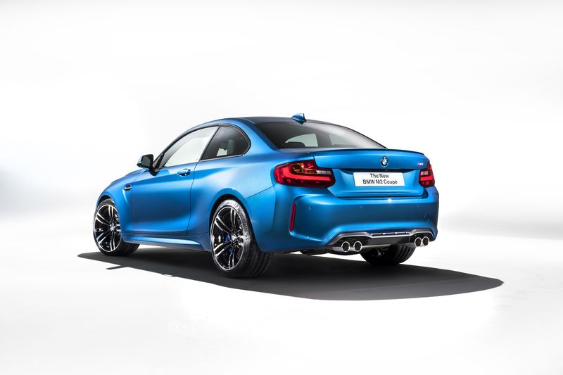 car-photographer-james-lipman-BMW-M2-production-artists-legends_04.jpg