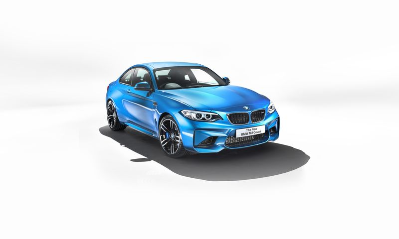 car-photographer-james-lipman-BMW-M2-production-artists-legends.jpg