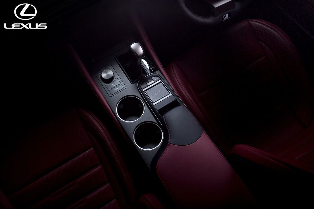 Lexus-car-photography-interior-artists-legends_result.jpg
