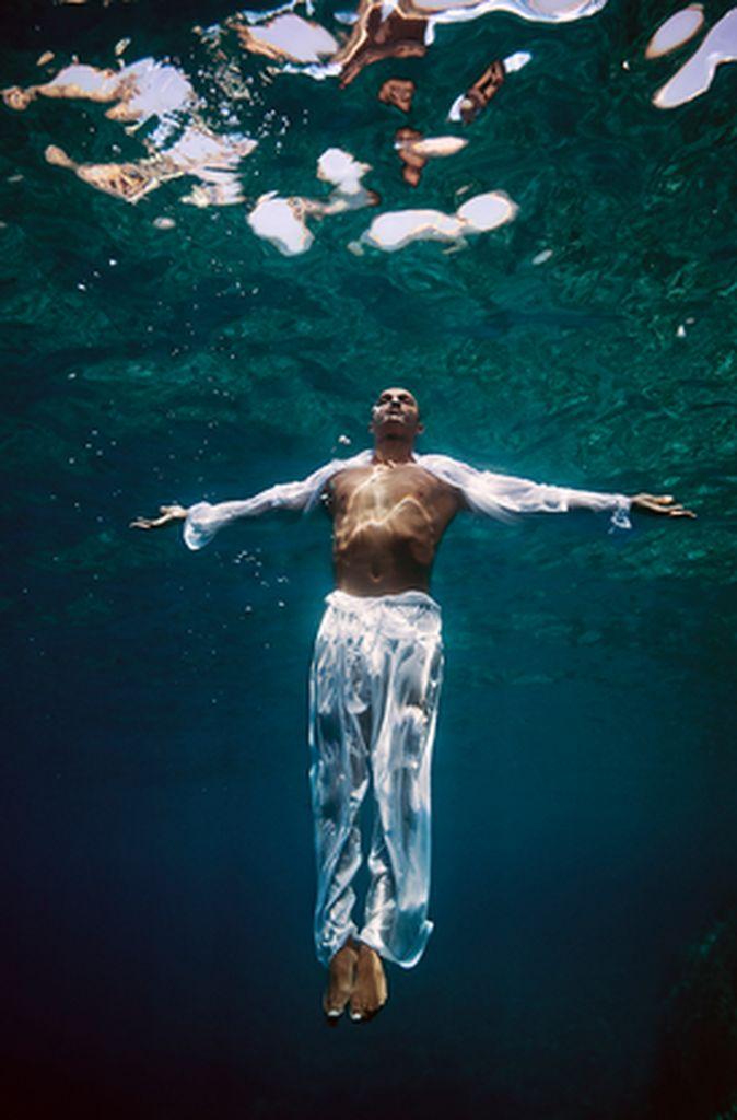 peter-de-mulder-underwater-photography-artists-legends-creative-management_36_result.jpg