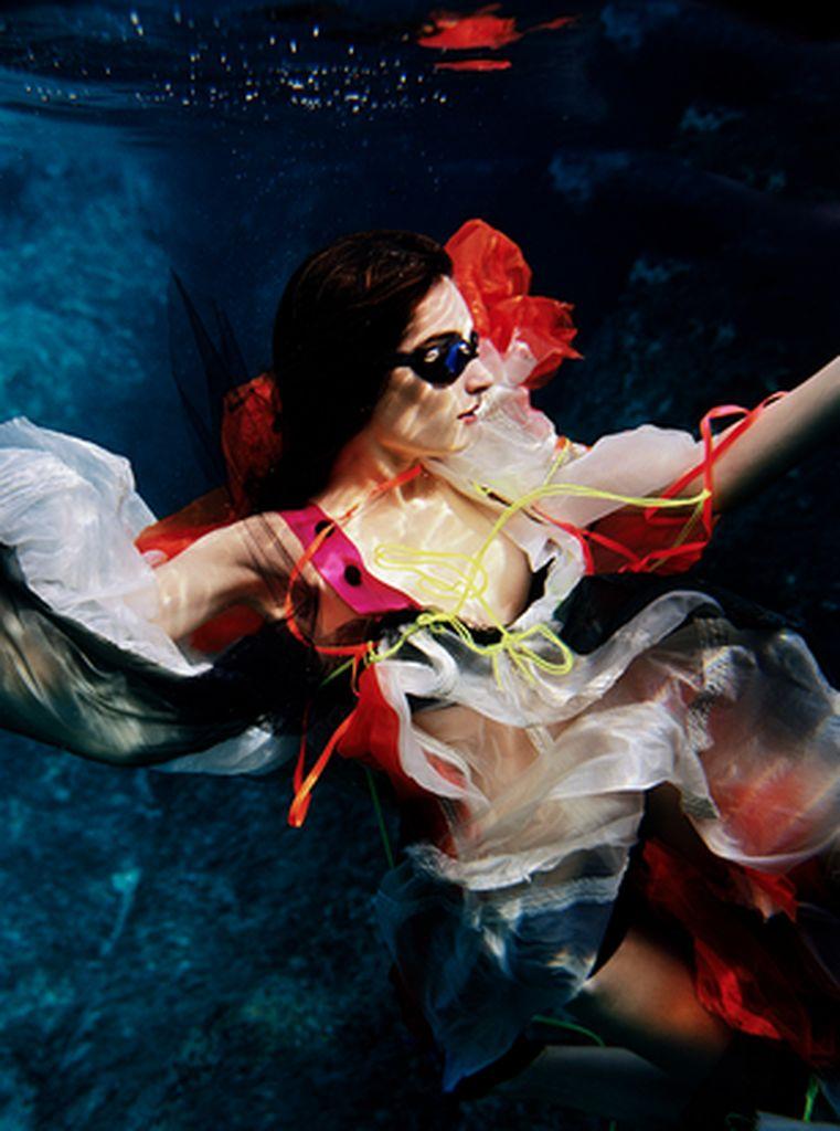 peter-de-mulder-underwater-photography-artists-legends-creative-management_41_result.jpg