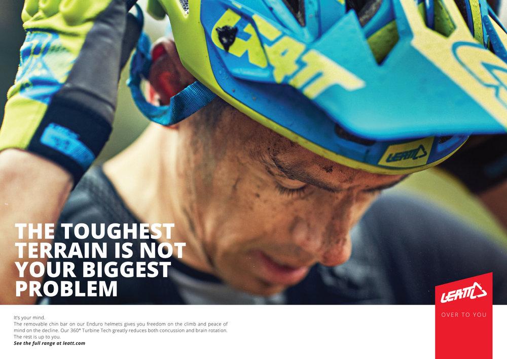 DBX DPS Enduro Helmet AD[2][1].jpg