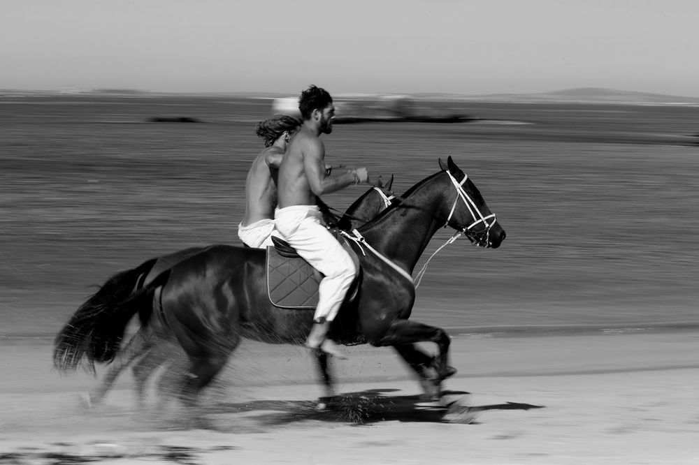 stephen-greef-fashion-lifestyle-photography-kult-men-horse-editorial-artists-legends-production_06_result.jpg