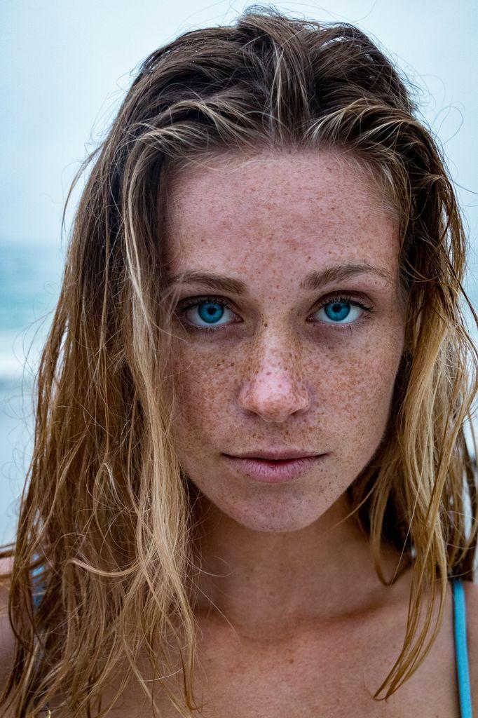 Social-shooter-portrait-freckles-ricardo-lategan-artists-legends_03_result.jpg