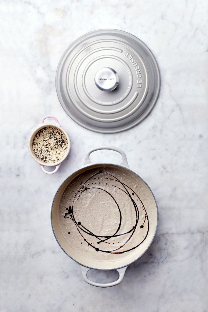 Russell-Smith-food-photography-la-creuset-artists-legends_result.jpg
