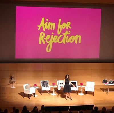 Amber Rae contando essa história - Busque a rejeição