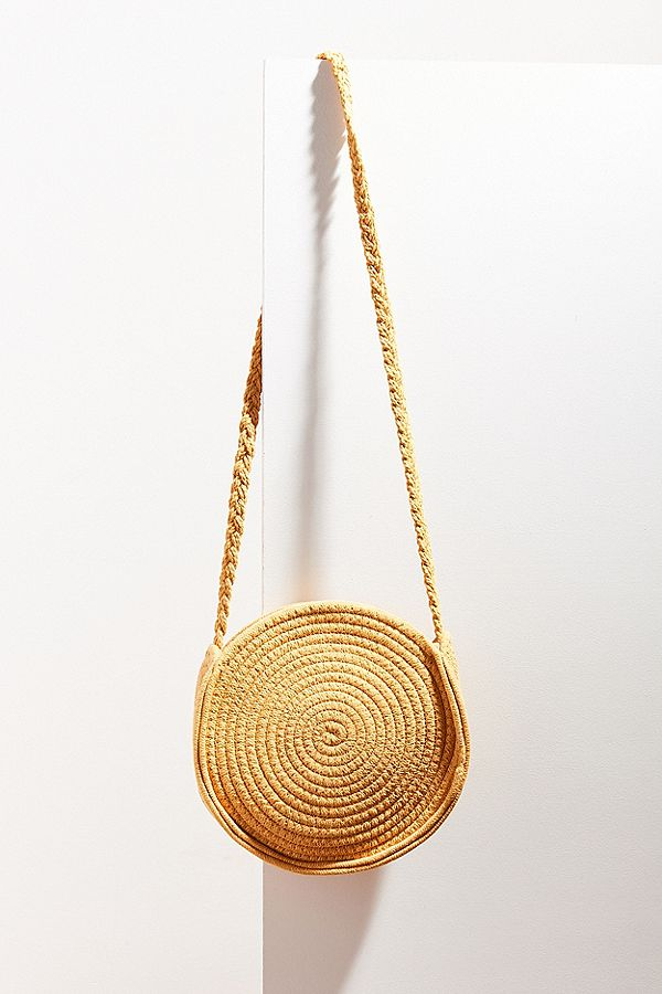 yellow-straw-bag-urban.jpeg
