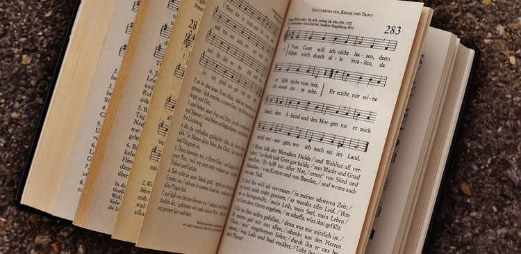 Bonhoeffer on Singing in Unison and Harmony — The Institute