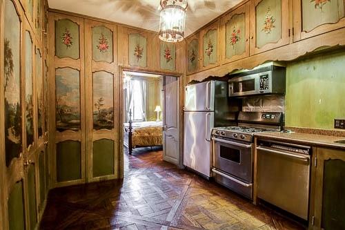 Unit 2 Griggs House Kitchen (2).jpg
